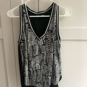 Sam Edelman XS black and white sleeveless top.